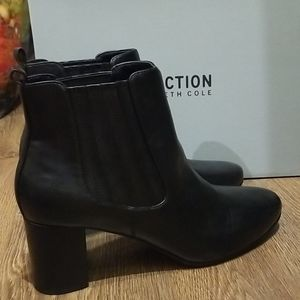 Kenneth Cole Reaction Float Free Ankle Boots 10